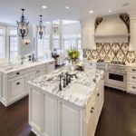 super-white-granite-countertops-kitchen-ideas-wood-flooring-large-kitchen-island